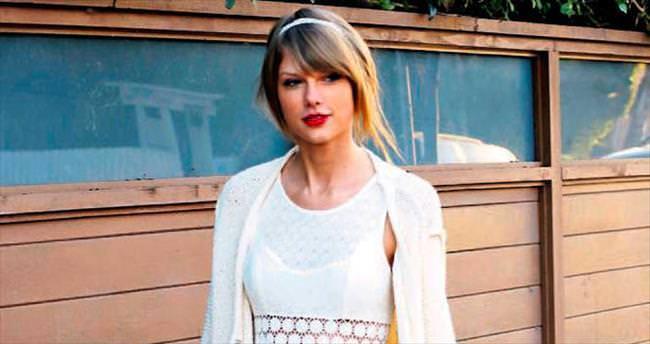 Gizemli kadın YouTube'da Taylor'ı solladı!