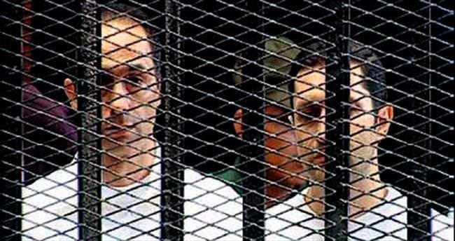 Mübarek'in oğullarına tahliye kararı