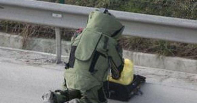 Üsküdar E-5'te şüpheli çanta alarmı