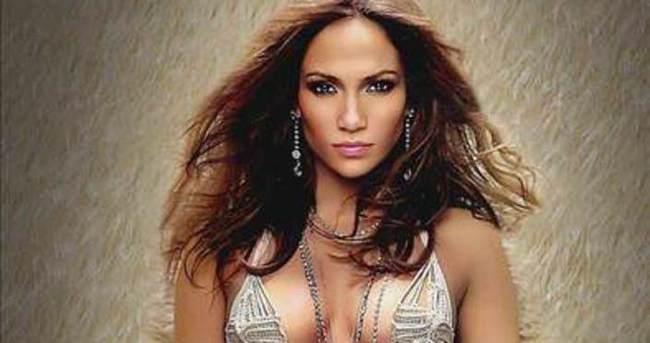 Jennifer Lopez: Anneysem seksi olamaz mıyım?