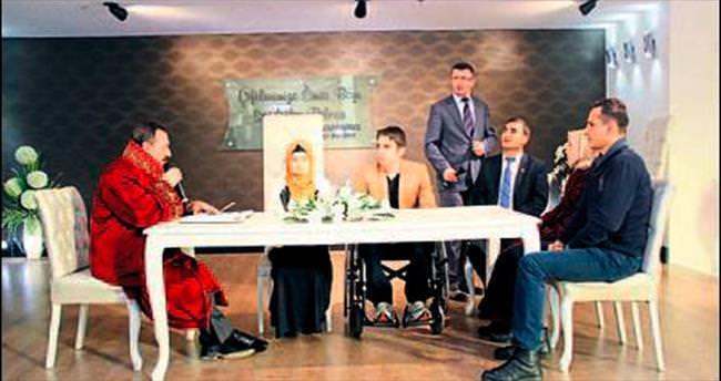 Engelli iki çift hayatını birleştirdi