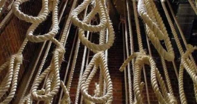 İran'da 2 idam mahkumu son anda affedildi