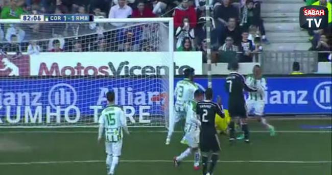Ronaldo'dan rakibine yumruk