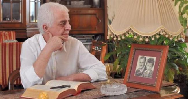 Mehmet Kısakürek: Üstad Paralel'in gırtlağına takılmış