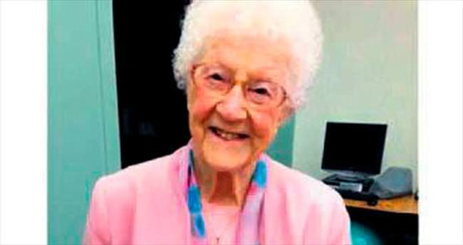 107 yaşında Facebook kullanıcısı