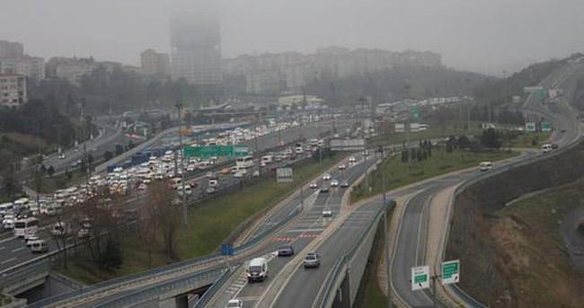 TEM'de trafik felç oldu