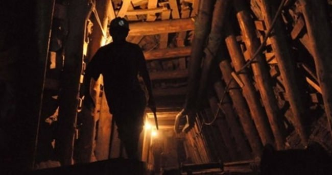 Ukrayna'da 500 maden işçisi mahsur