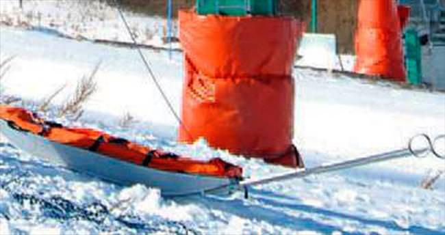 Koruyucu minderle kayak faciası