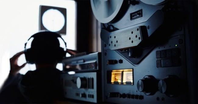 İzmir'de yasa dışı dinleme operasyonu: 26 gözaltı