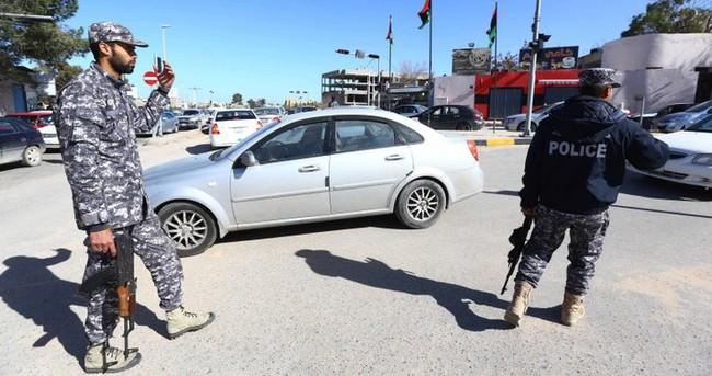 IŞİD Libya'da otel bastı
