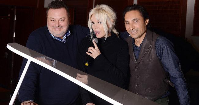 Ajda Pekkan yeni albümünün sürpriz isimlerini açıkladı