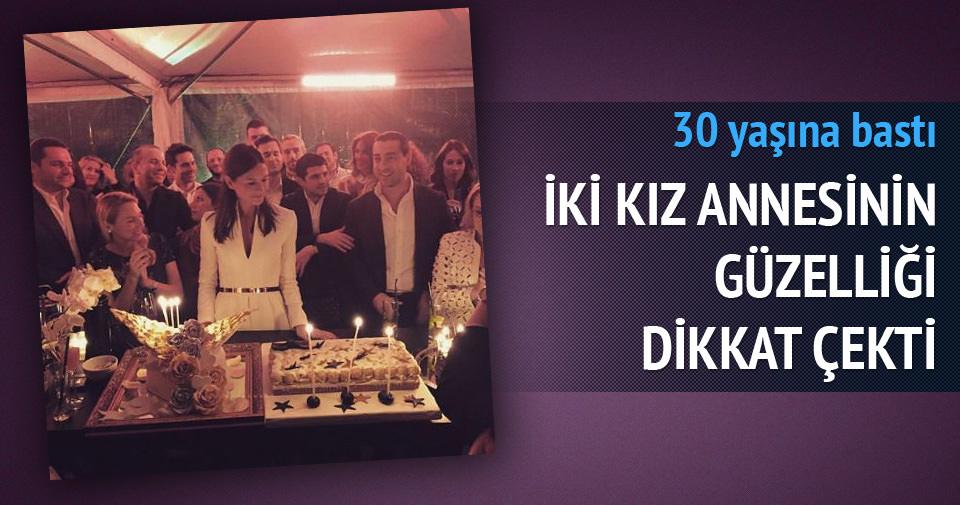 Yasemin Özilhan 30 yaşında