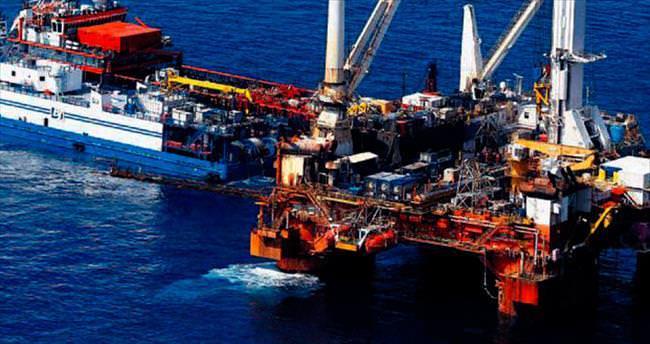 Akdeniz'de göbeğimizi kendimiz keseceğiz