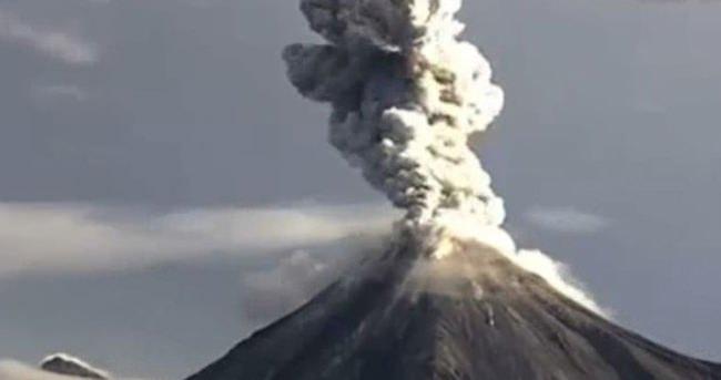 Colima yanardağı böyle patladı