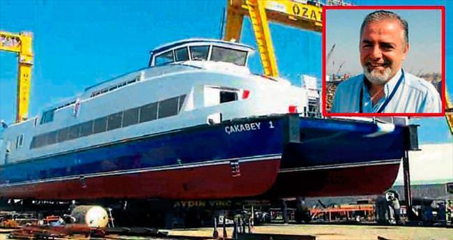 Gemi skandalı bir istifa daha getirdi