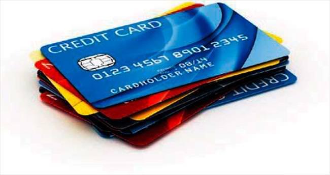 Castro'nun halkı kredi kartıyla tanışıyor