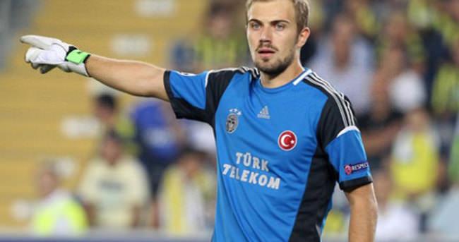 Beşiktaş Mert Günok'un peşinde