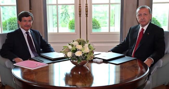 Erdoğan Davutoğlu'nu kabul etti