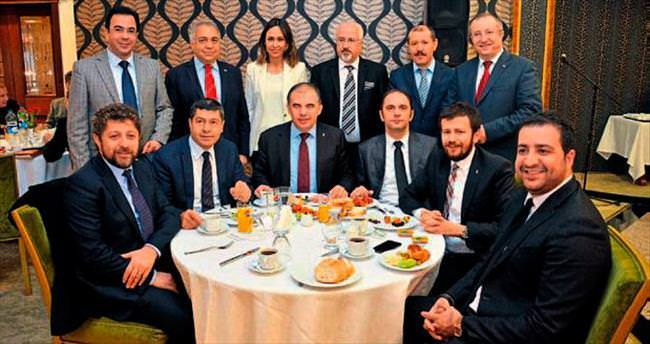 AK Parti'de pürtelaş kongre hazırlığı