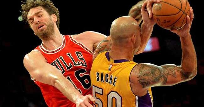 Lakers, Bulls'u uzatmalarda yendi