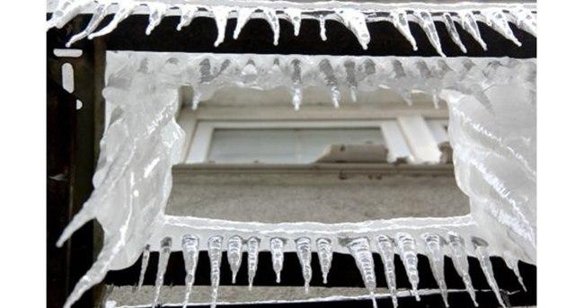 Türkiye'nin doğusu donuyor