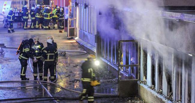 Dresden'de camiye ırkçı saldırı