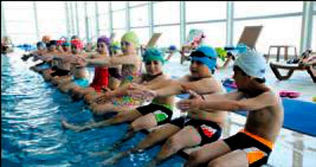 Yarıyıl tatilinde yüzme dersleri