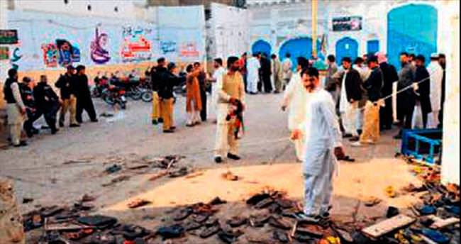 Cuma namazına bomba: 61 ölü