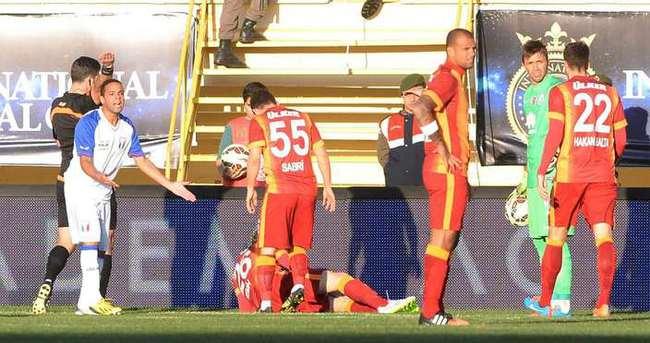 Beşiktaş ve Galatasaray'la oynayan takım sahte çıktı