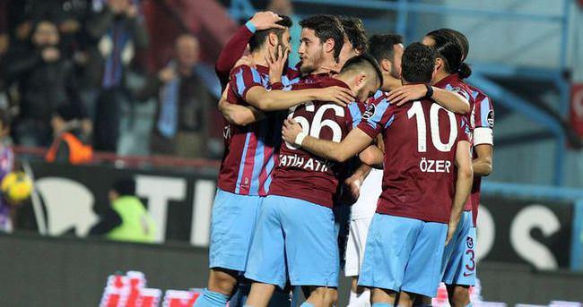 Trabzonspor, Hüseyin Avni Aker'de güldü