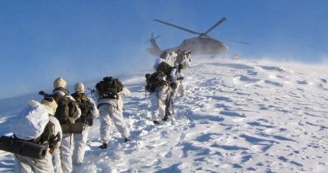 Uludere'de askere gaz bombalı taşlı saldırı