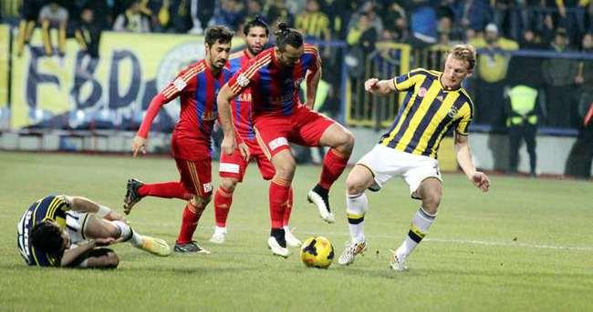 Fenerbahçe Karabük'ten lider dönüyor