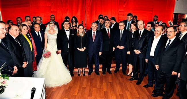 Siyaset ve iş dünyası bu düğünde buluştu