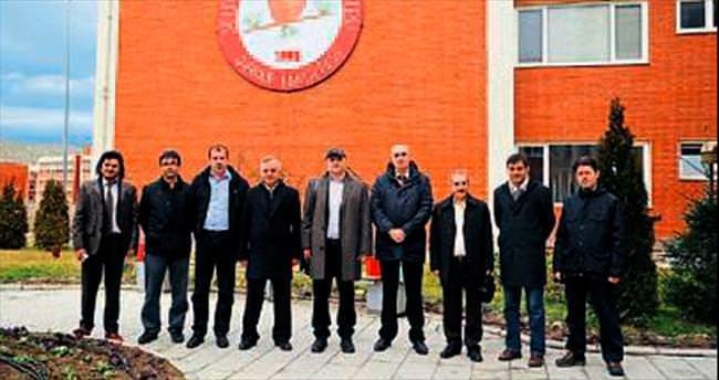 Bosna'dan SDÜ'ye özel konuklar geldi