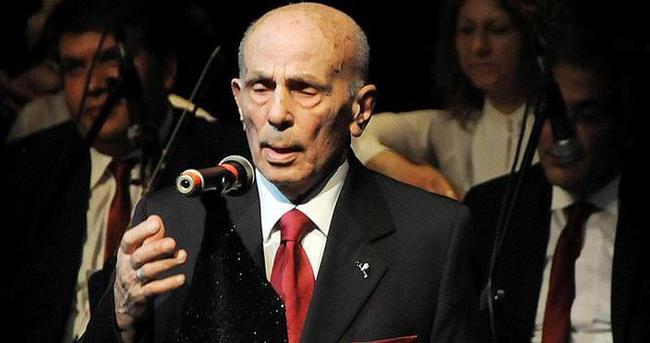 90 yaşındaki solist mest etti