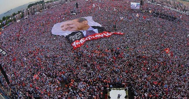Facebook'tan Erdoğan'a hakarete 10 Bin TL ceza