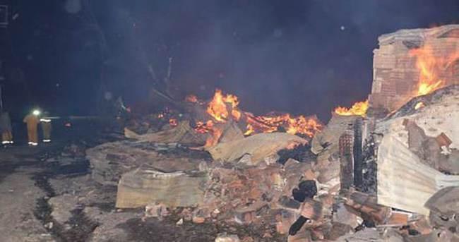 Samsun'da 7 ev kül oldu