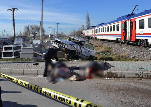 Niğde'de tren kazası: 2 ölü