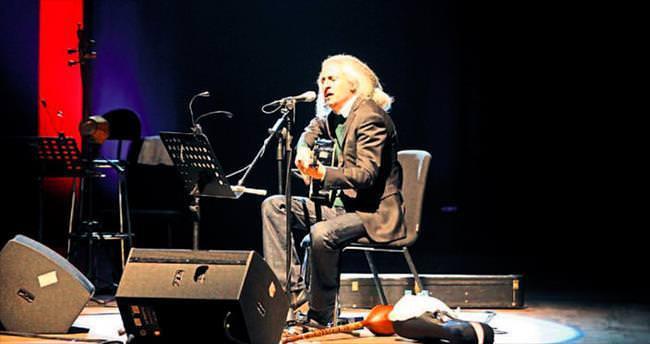İranlı rockçı'dan müzik ziyafeti