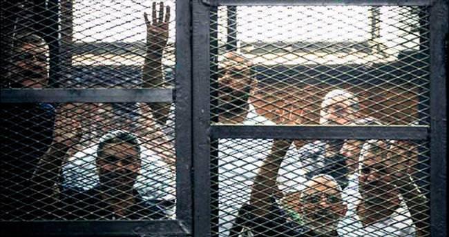 Darbe yönetiminden 183 idam kararı daha