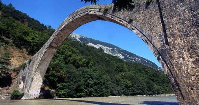 Çipras yıkılan Osmanlı köprüsünü yaptıracak