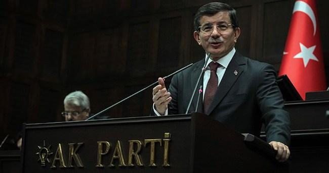İlahi grubundan Davutoğlu'na türkü