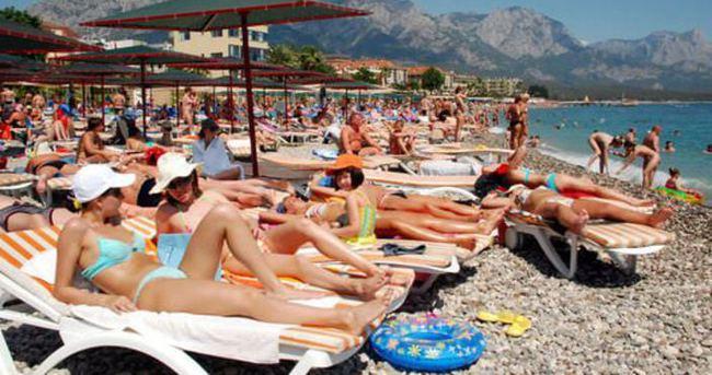 Türkler yılda en az 2 kez seyahat ediyor