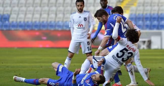 Liderlik maçının galibi Karabükspor