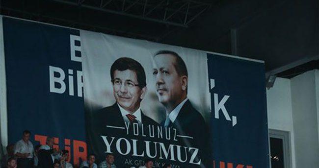 Erdoğan en çok konuşulan lider oldu