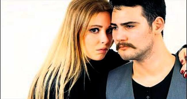 Tayfur'un kızı, eşiyle maksi single yaptı