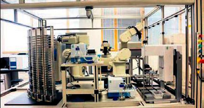 Yeni ilaçları keşfedecek robot