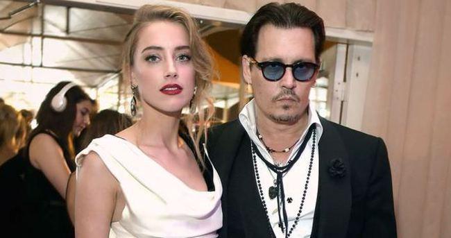 Johnny Depp ile Amber Heard gizlice evlendi