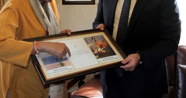 Sri Lanka'da üretilen çiçeğe Erdoğan'ın ismi verildi