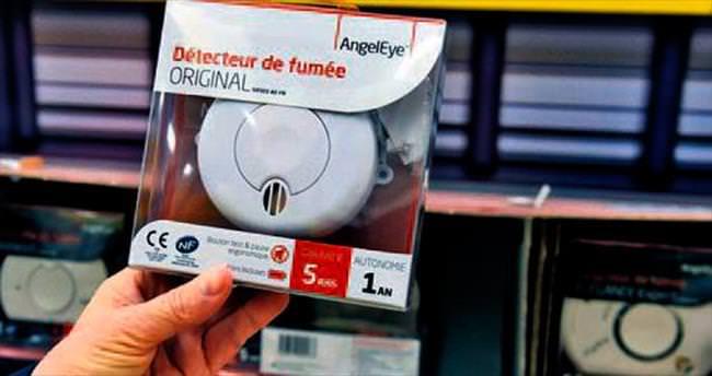 Fransa'da yangın detektörü olmayan ev kalmayacak